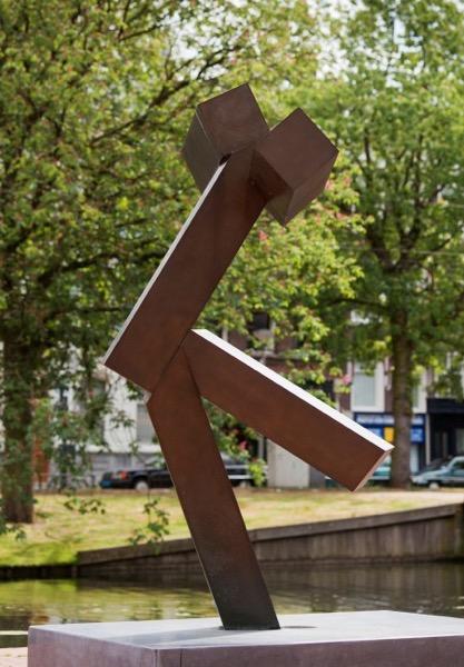 Joel Shapiro Sculpture23