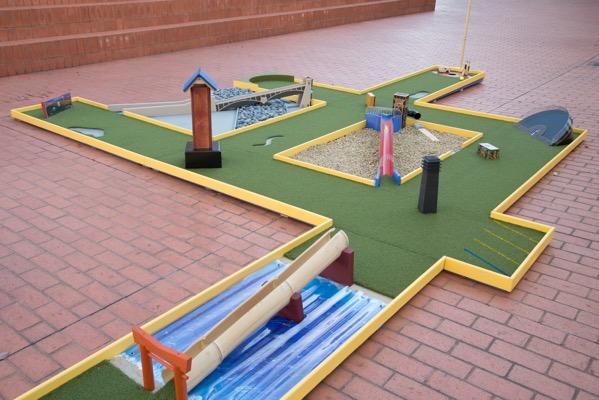 Mini Golf Examples26