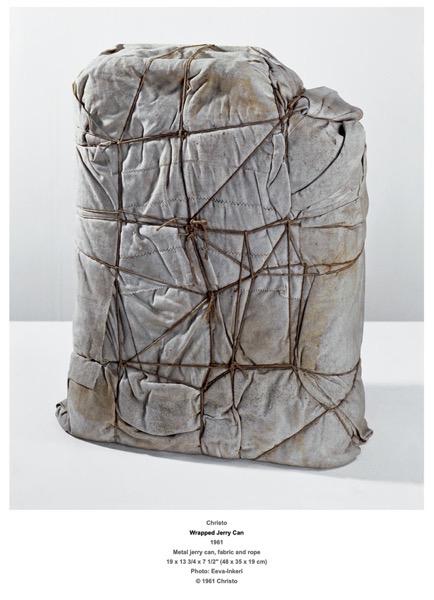 Christo Wrapped4