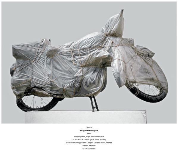 Christo Wrapped9